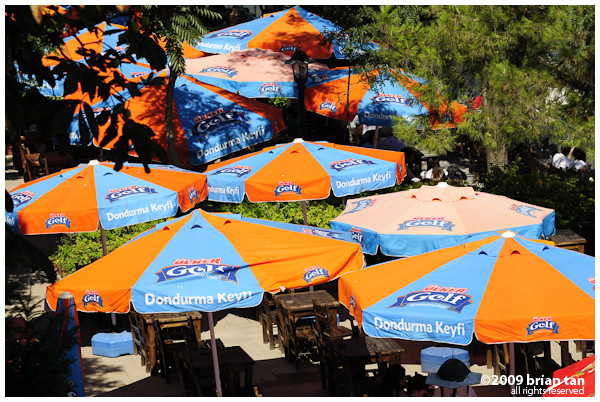 Cafe inside the palace grounds close to Mediciye Pavillion