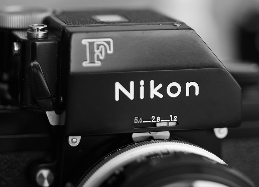 "With FTn finder. One of the final version for the Nikon F. I like this look but too bad mine has a meter that is stuck to ""on"". I'm sure I can lubricate the switch to have the off button working but since there's no 625 1.3V battery out there, I couldn't' be bothered. I'll just shoot with my brain meter or with an external Sekonic which I think is more accurate than a 40 year old CdS cell anyway."