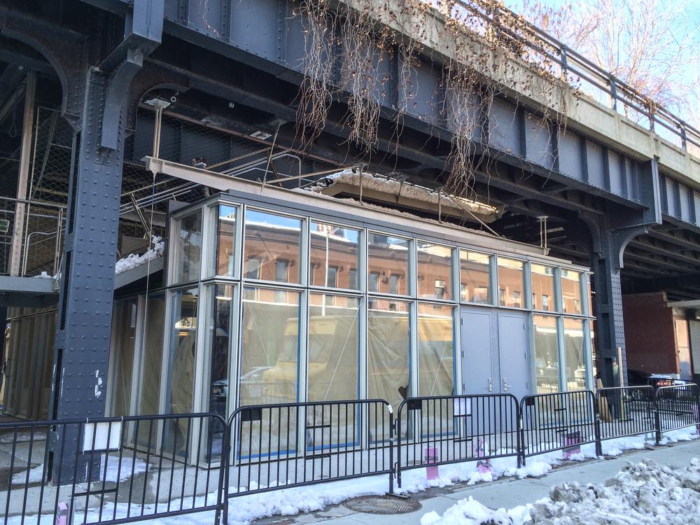 2014_02_07 High Line Restaurant 01.jpg