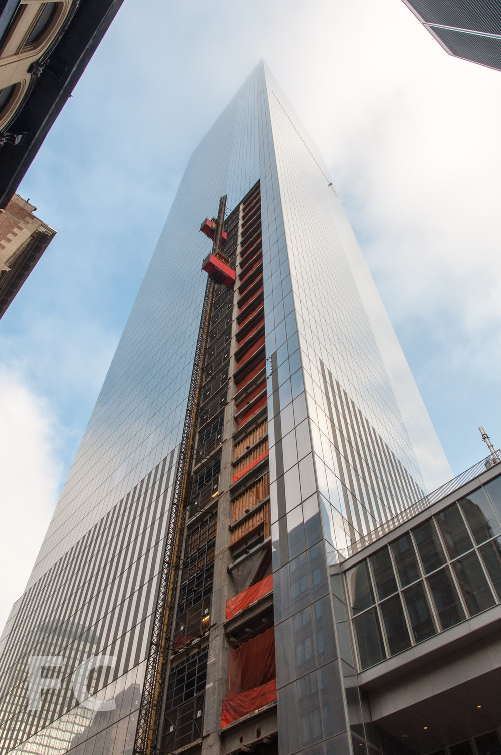The southeast corner of 4 WTC.