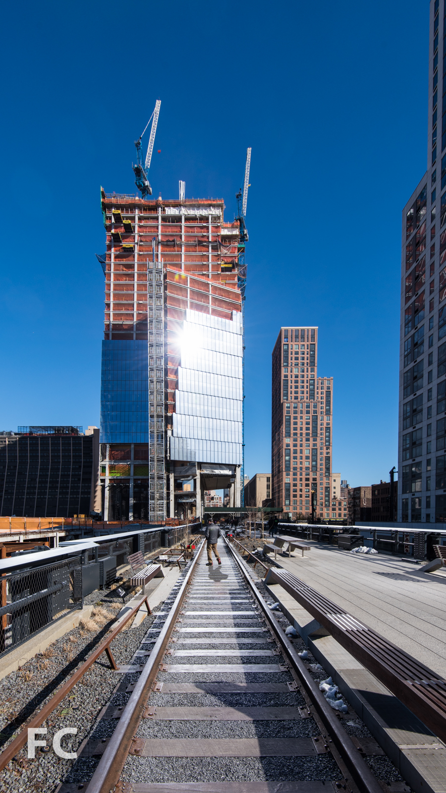 West facade of 10 Hudson Yards (left) and the Abington House (right) from the High Line park.