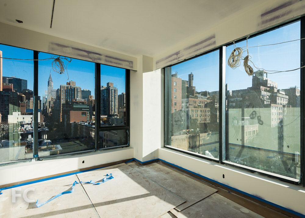 Corner unit in 90 Lexington Avenue.