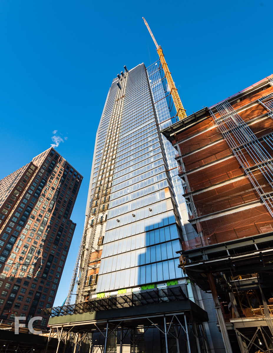 Looking up at the northeast corner of 10 Hudson Yards from 10th Avenue.