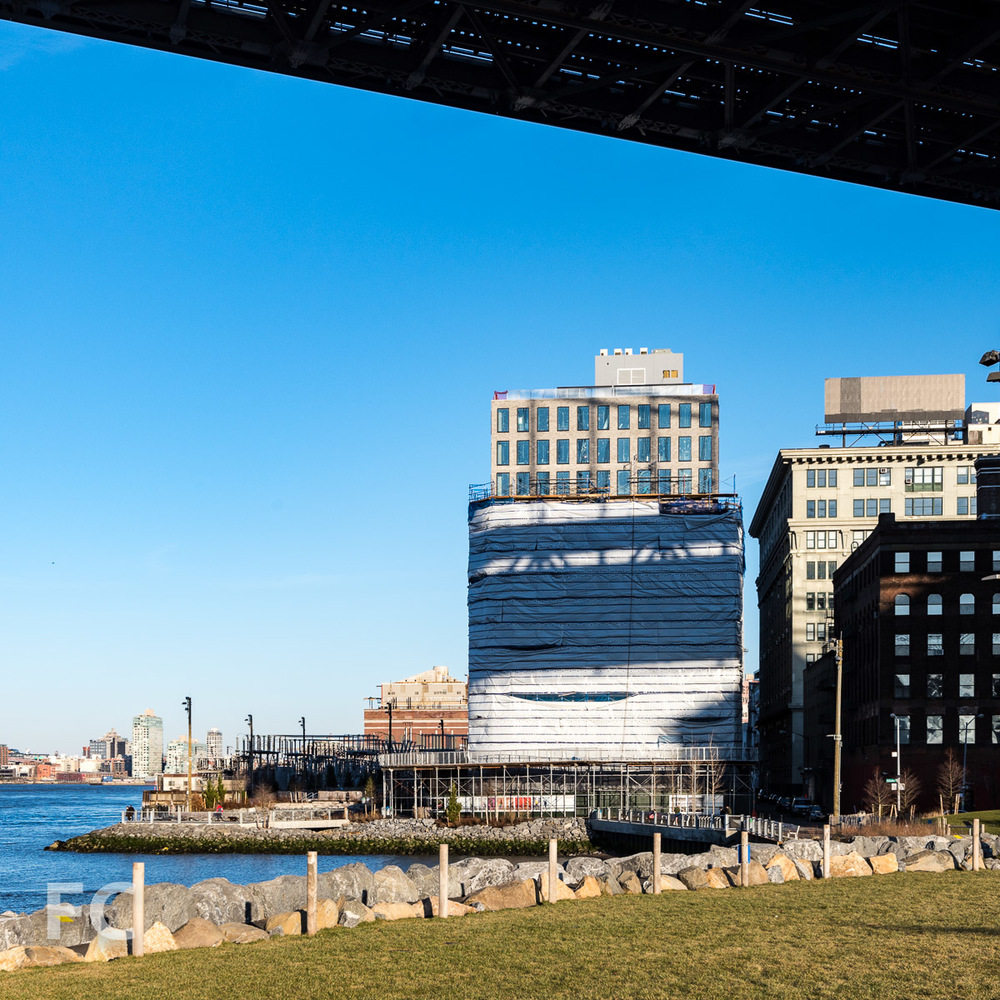 West façade from Brooklyn Bridge Park.