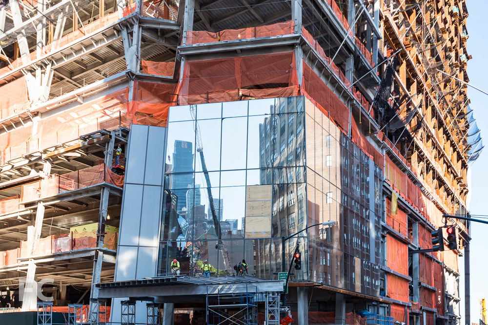 Close-up of the curtain wall installation underway on 30 Hudson Yards.