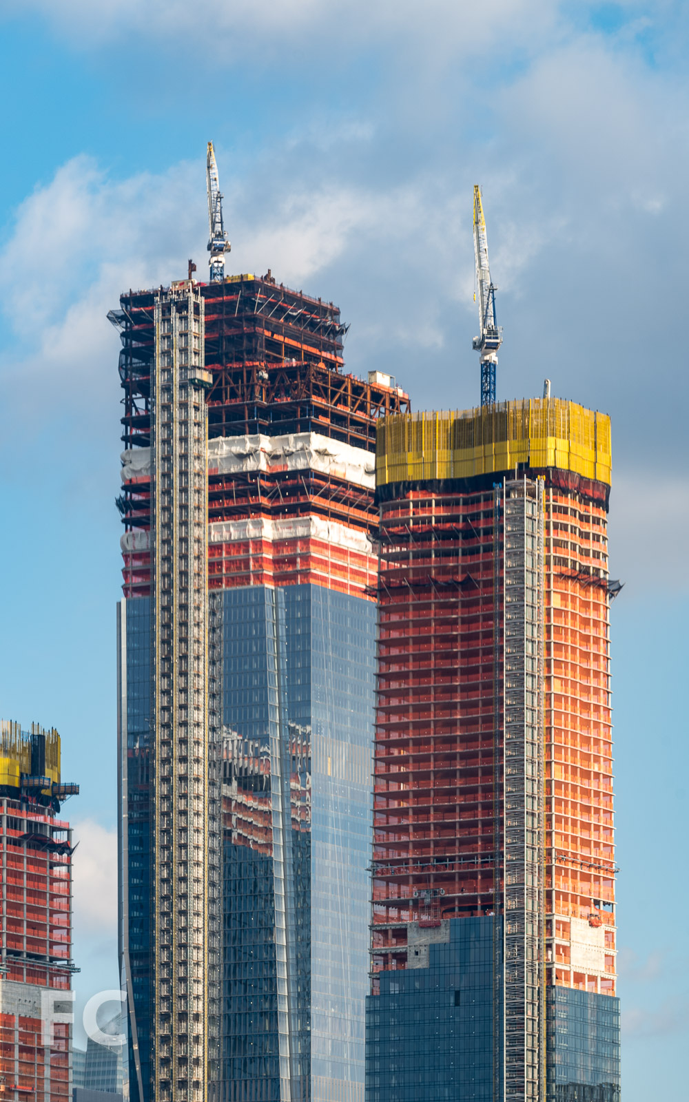 Close-up of 30 Hudson Yards (left) and 15 Hudson Yards (right).