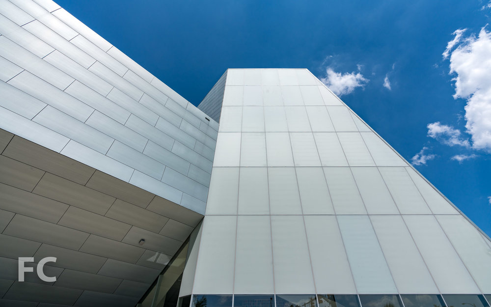 Looking up at the forum and performance space volumes intersection.