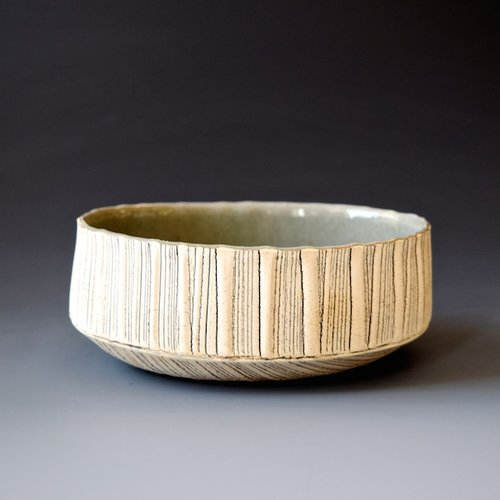 wr-29 Bowl $68 7 x 5.75 x 2.25 inches