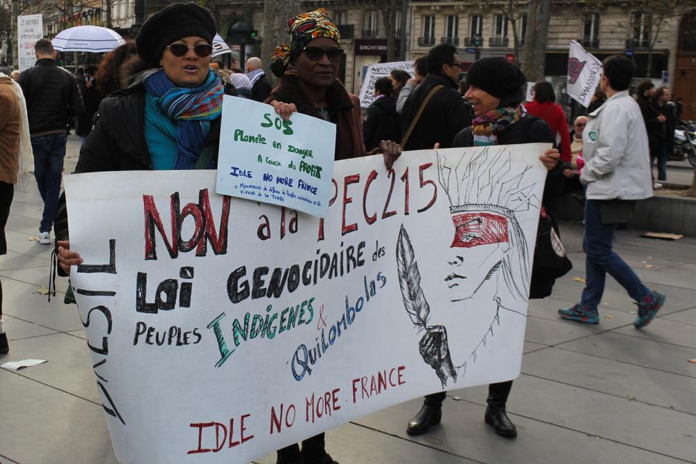 2015.11.29_Paris_Republique-18.jpg
