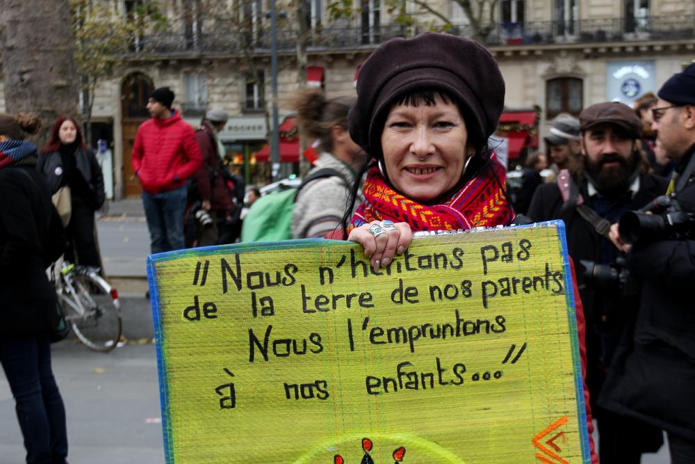 2015.11.29_Paris_Republique-24.jpg