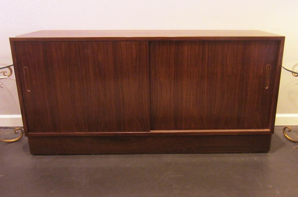 Danish Modern Credenza For Sale : Sold danish modern rosewood hundevad credenza u loisel vintage