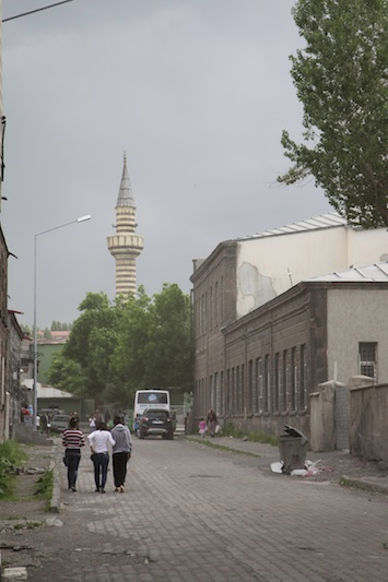 A massive summer storm whips up the dust in Kars.