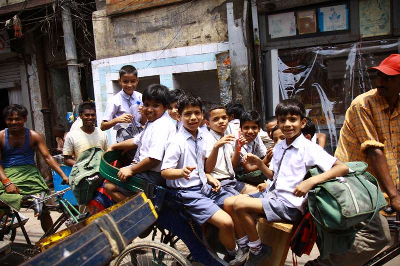 School children being taken home for lunch, Delhi