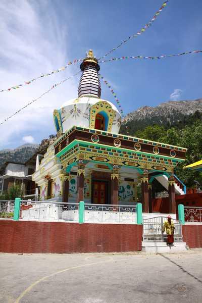 Stupa at Rarang Monastery