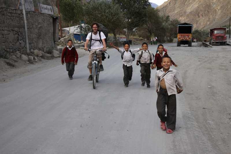 Leaving Kargil towards Padum before the kids got abusive.
