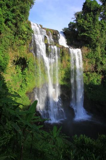 A beautiful waterfall near where we stayed.