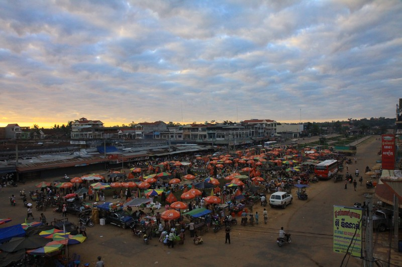 The market in Stung Treng.