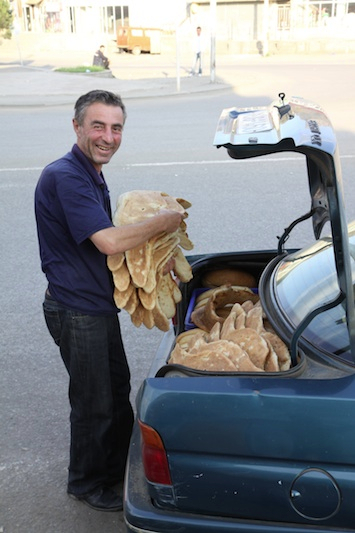 Bread delivery, a la Georgia!