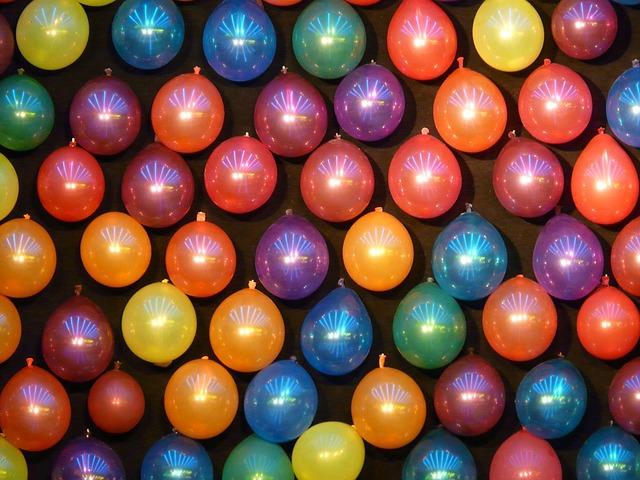 balloons-61635_640.jpg