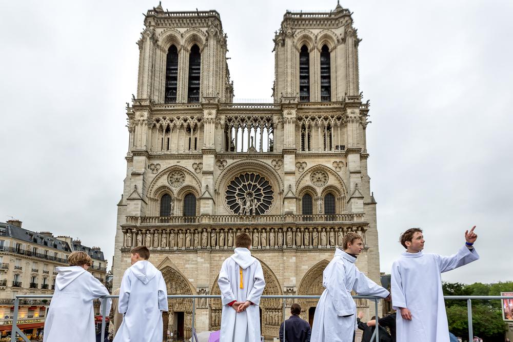 Cathédrale Notre Dame le jour de l'ordination diaconale. Paris, 29 juin 2013. © Sébastien Borda