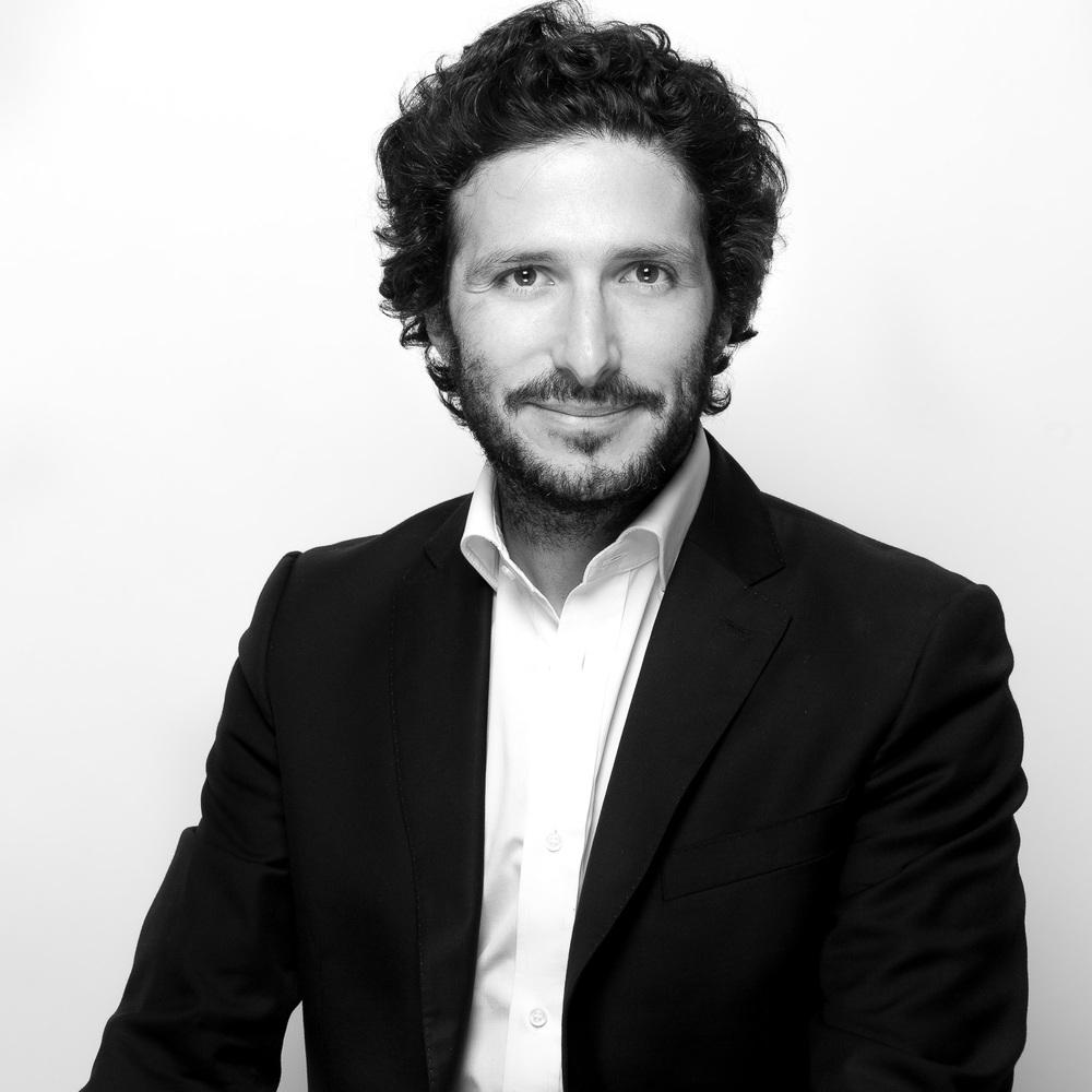 exemple de portrait noir et blanc d'un dirigeant d'entreprise. © Sébastien Borda. www.sebastienborda.com