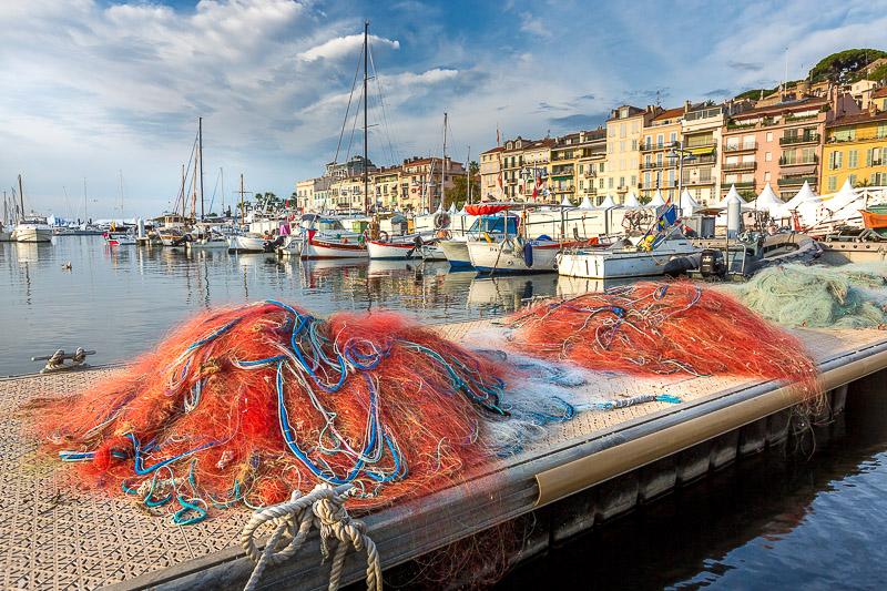 Filets de pêche du vieux port de Cannes. © Sébastien Borda