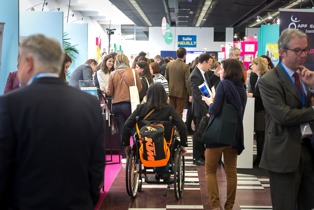 Salon du handicap au Palais des Congrès de Paris