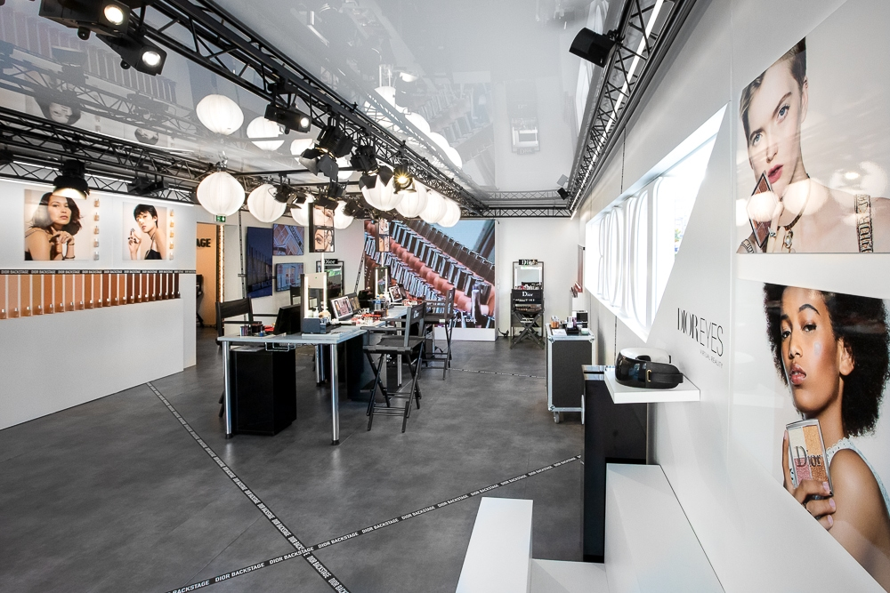 Photographie d'architecture intérieure d'un espace éphémère réalisépour le lancement d'un nouveau produit. © Sébastien Borda I www.sebastienborda.com