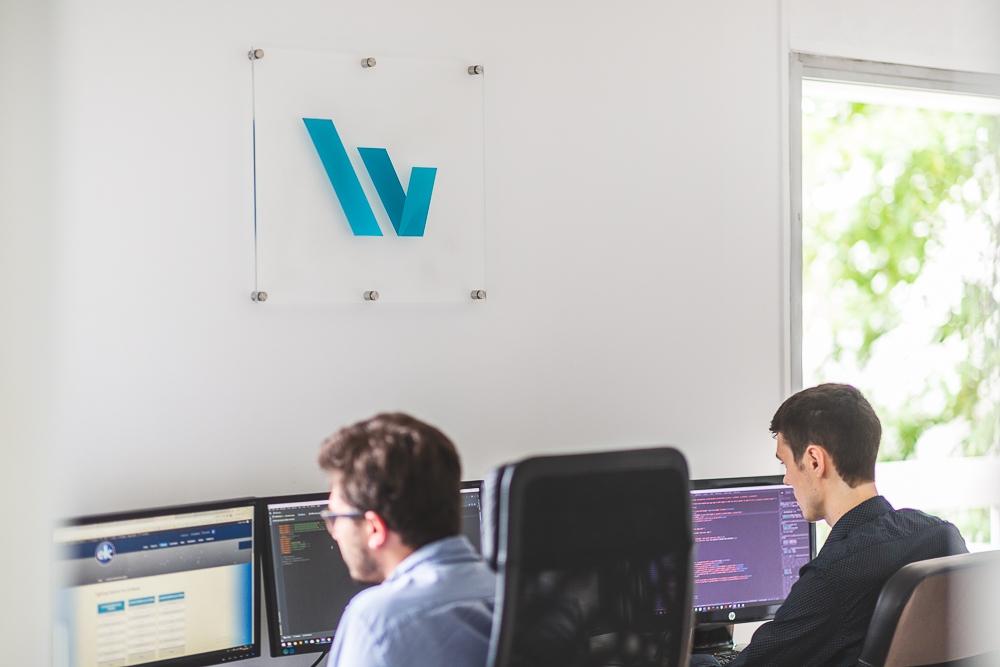 Visuel réalisé pour un site web et la communication d'entreprise. © Sébastien Borda I www.sebastienborda.com