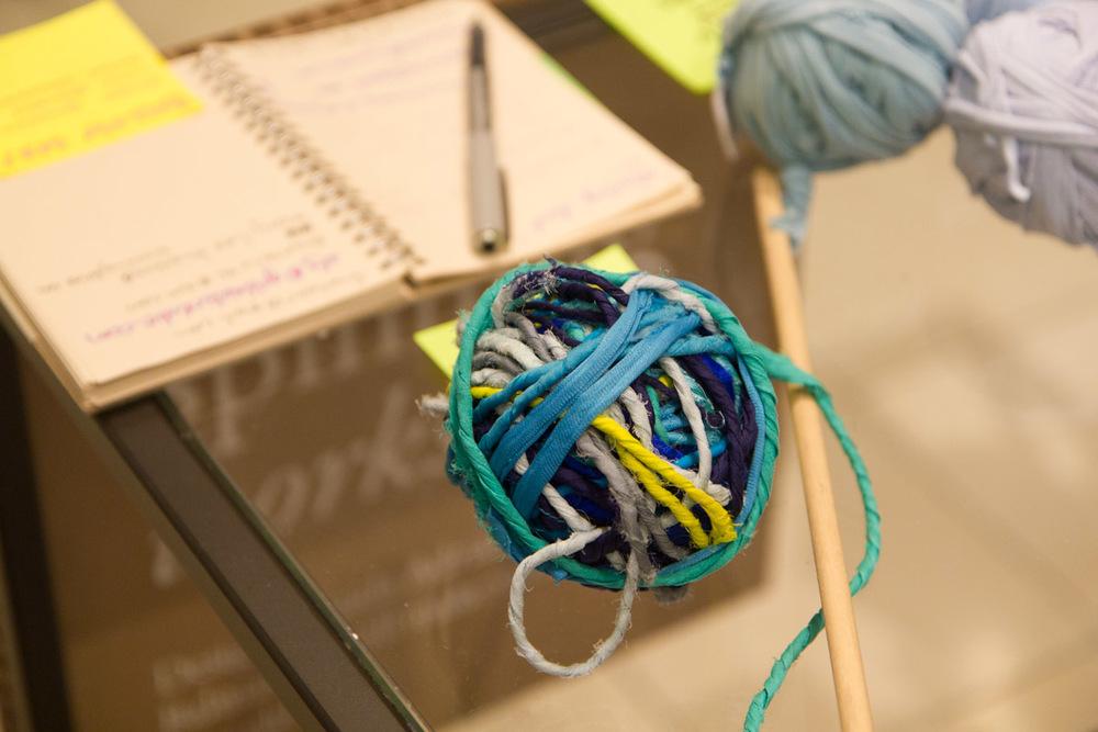 A ball of BALMASEDA hand-spun recycled fiber yarn. Photo by Dorian Iten