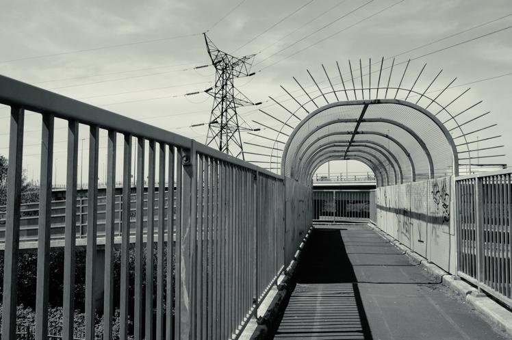 underthebridge4.jpg