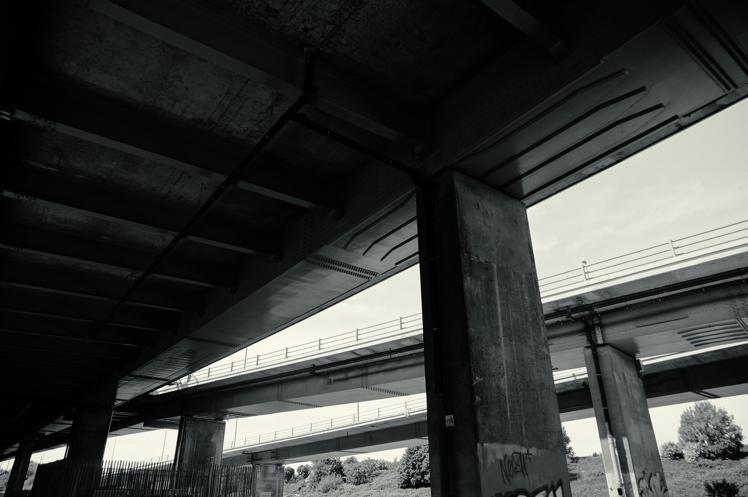 underthebridge5.jpg