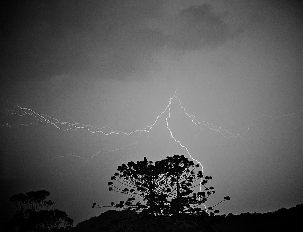 lightning03_web.jpg