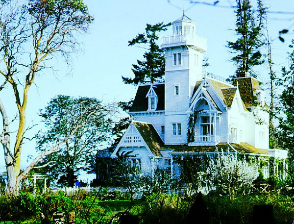 The set from Practical Magic, my all-time favorite movie set/dream house.  Courtesy of  Hooked on Houses .