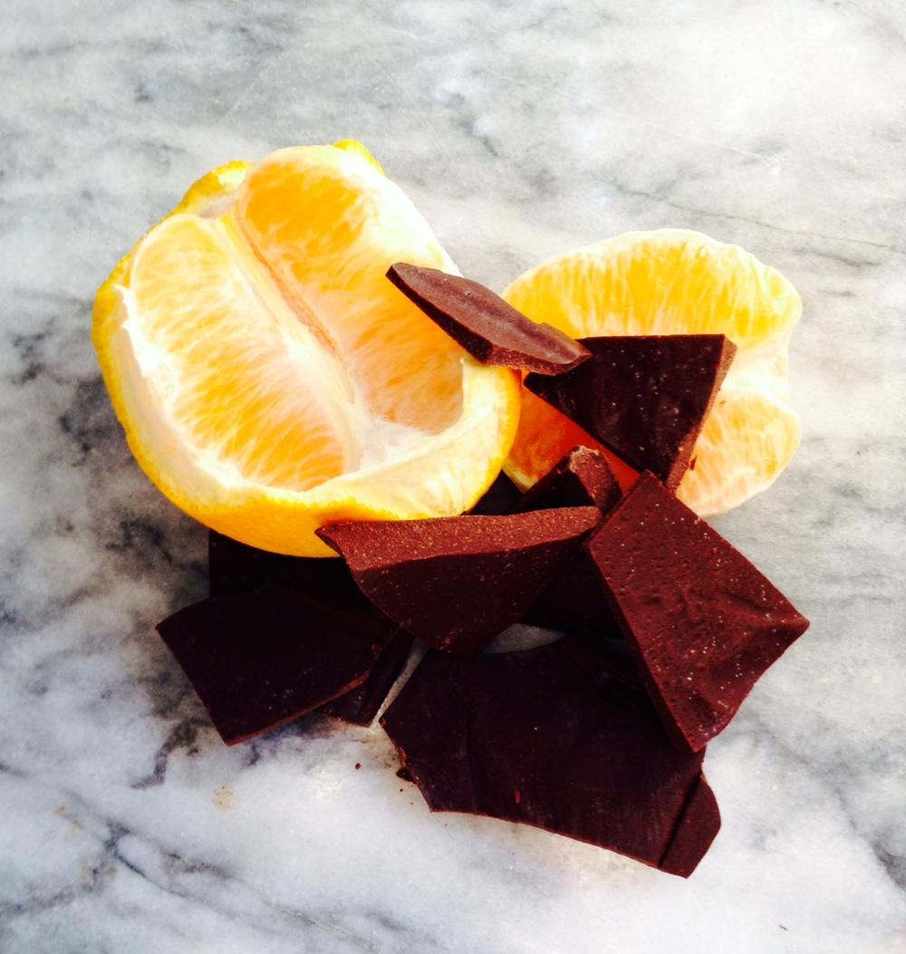 raw chocolate with himalayan sea salt