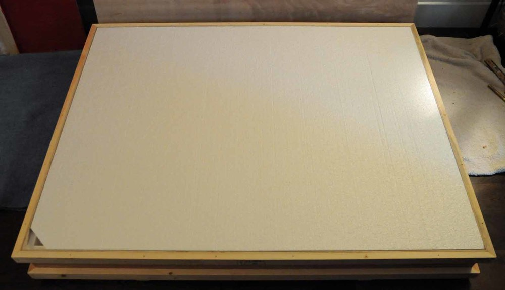 Interior foam liner lid