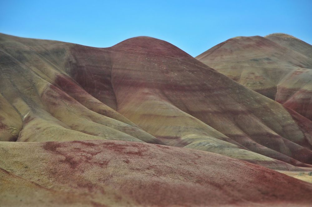 Close-up of the baked clay, multicolored, ever-changing hills.