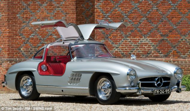 Mercedes_gullwing