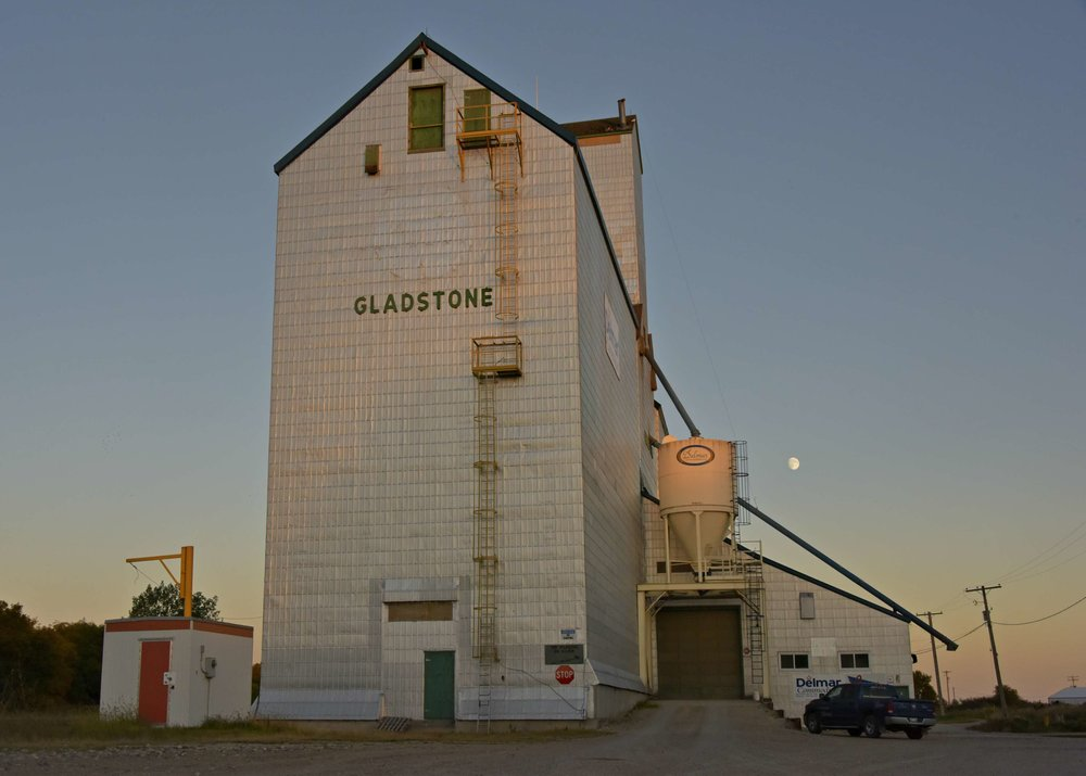 Gladstone, Manitoba grain elevator | photo Brandy Saturley
