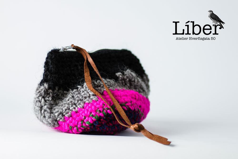 Wool purse