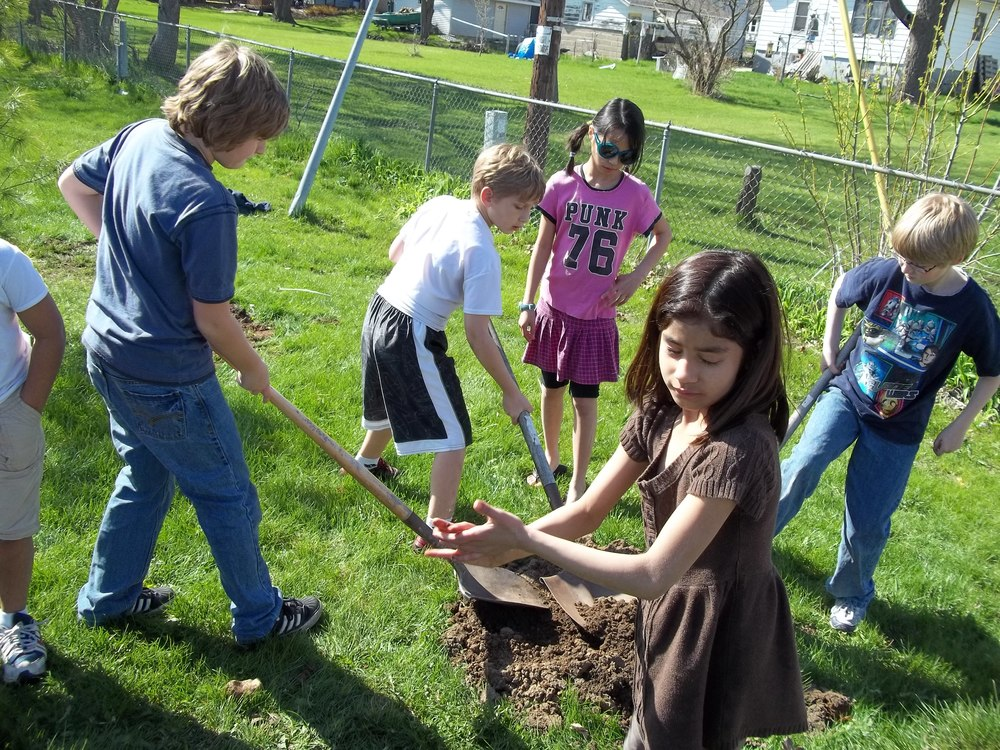 Tree Planting (25).JPG