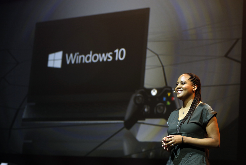 Xbox-gamescom-Briefing-2015-Jasmine-Lawrence-Windows-10-Xbox-JPG.0.JPG