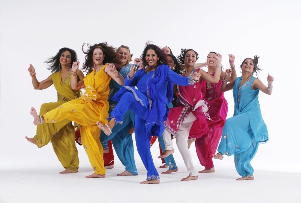 Blue13 Dance Company  - Photo by Ryuichi Oshimoto
