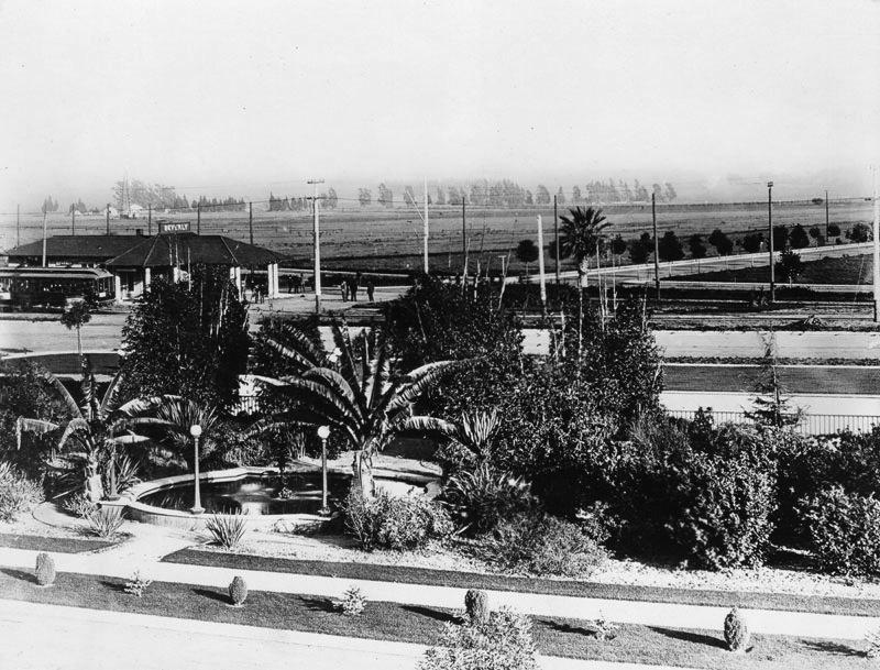 Beverly Gardens, 1909