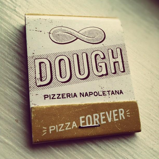 visualgraphic :      DOUGH
