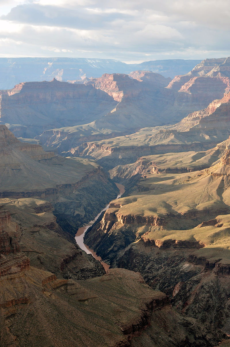 800px-Grand_Canyon_view_from_Pima_Point_2010.jpg