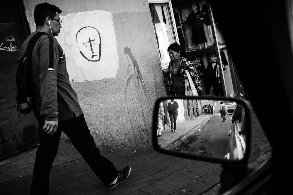 Street scene. Quito, Ecuador; 18 June 2014. © Bear Guerra