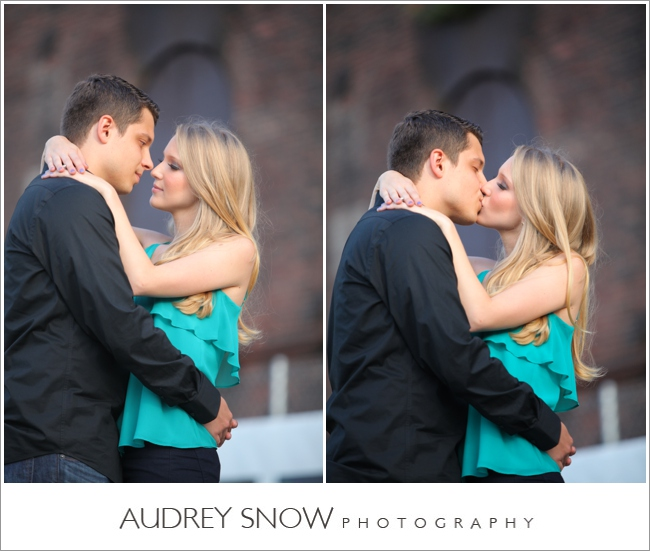 audreysnow-photography-brooklyn-engagement-session_1110.jpg