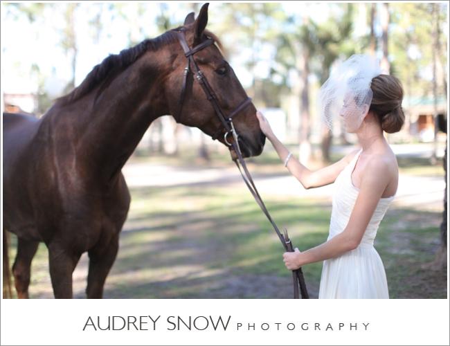 audreysnow-photography-naples-barn-wedding_1815.jpg