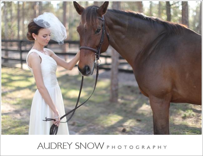 audreysnow-photography-naples-barn-wedding_1828.jpg